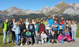 Grüezi mitenand: wir sind die Premierenkids der 1. TCMK-Jugendhütte