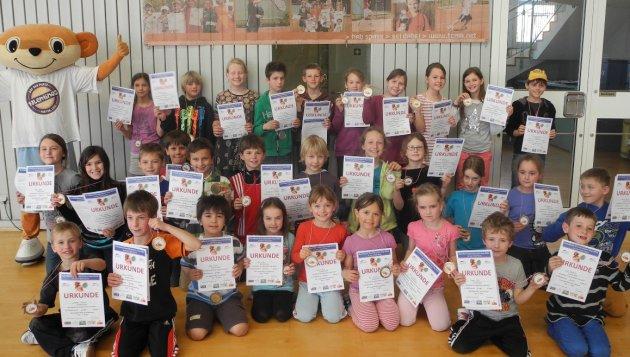 Die Erstplatzierten des GenoBank-Grundschulen-Cup 2014 in Brochenzell