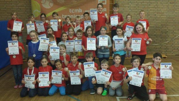 Die Erstplatzierten des GenoBank-Grundschulen-Cup 2014 in Meckenbeuren