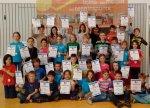 32 Grundschüler in Brochenzell durften sich über Medaillen und Urkunden freuen